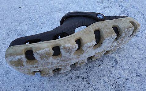 分厚い靴底のクロックスが万能すぎて冬でも履けちゃう