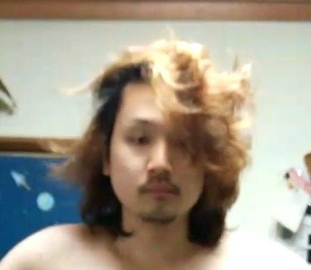【ニートのヘアカット】1年間伸ばした髪を「ゲスの極み乙女」の川谷風マッシュボブにカットしたよ。
